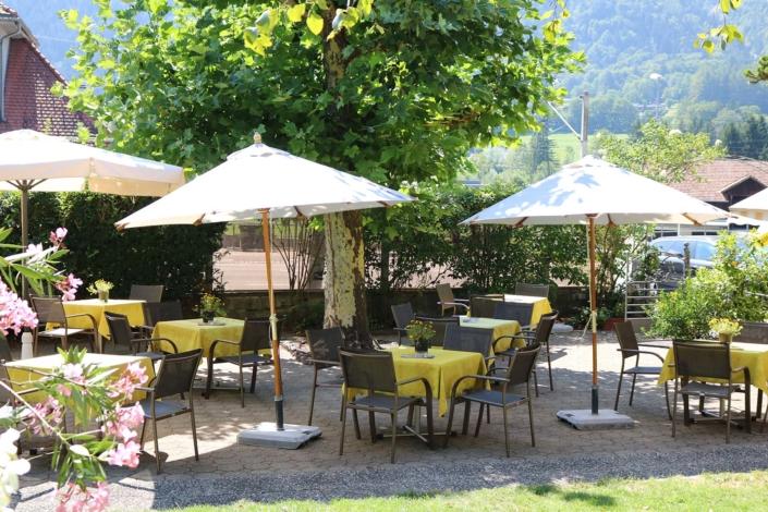 Gartentische Hotel Adler